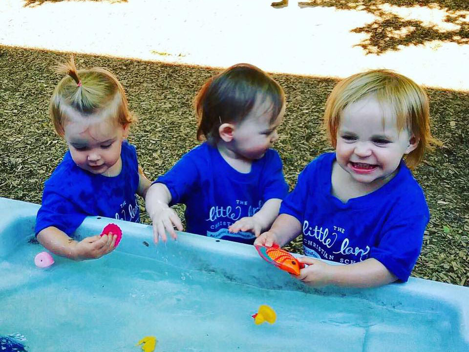 toddlers playing together at a Preschool & Daycare Serving Carmel, Indiana